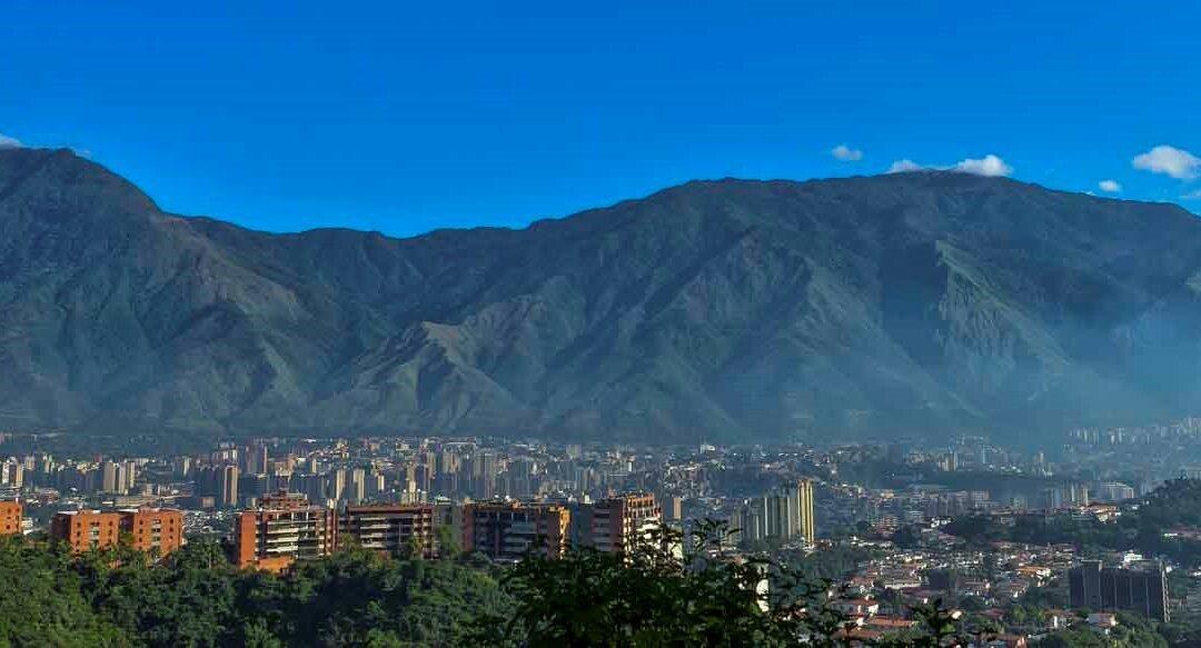 Azul cielo (de Caracas)